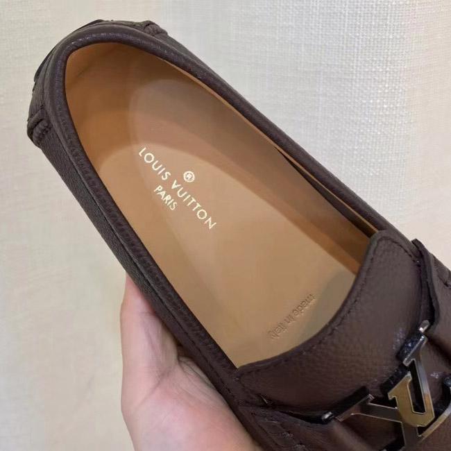 Lót giày LV siêu cấp luôn in sắc nét. Phần dập chìm Made in Italia rất đậm