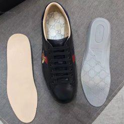 Chi tiết giày Gucci ong phiên bản màu đen