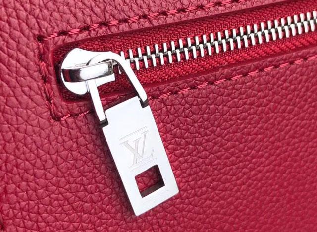Chi tiết túi xách LV siêu cấp sắc nét hơn túi xách fake 1 Louis Vuitton