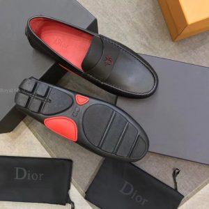 Đế giày làm từ cao su đúc chất lượng cao