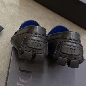 Gót giày được làm tinh xảo