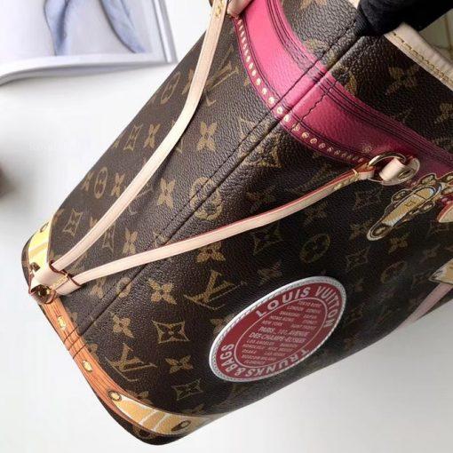 Mặt bên của túi Louis Vuitton M41390
