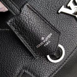Thẻ da trên túi xách M51395
