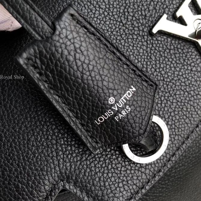 Thẻ da trên túi xách LVTF8116