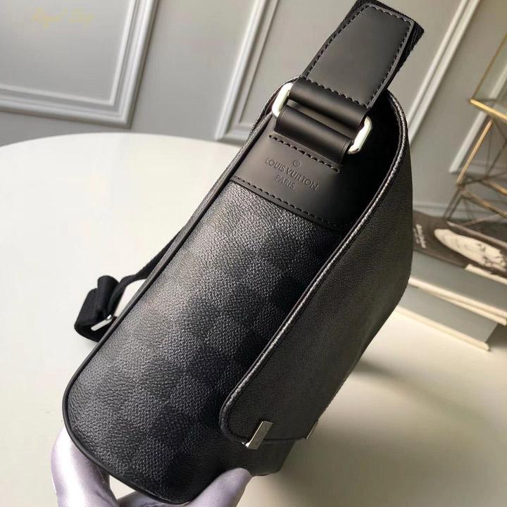 Túi nam LV đeo chéo LVTN8120