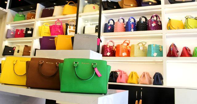 Cửa hàng bán túi xách fake 1 Louis Vuitton