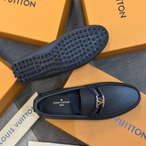 Đế giày làm từ cao su chất lượng cao