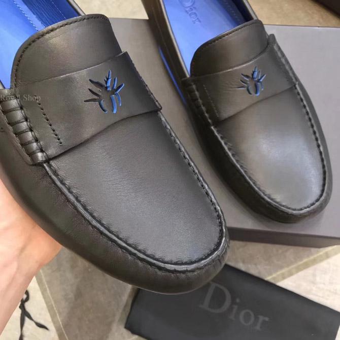 Trên tay giày Dior nam siêu cấp