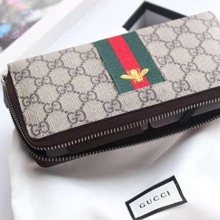 Các chi tiết trên ví Gucci nam