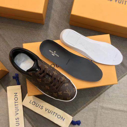 Chi tiết giày LV sneaker 8294