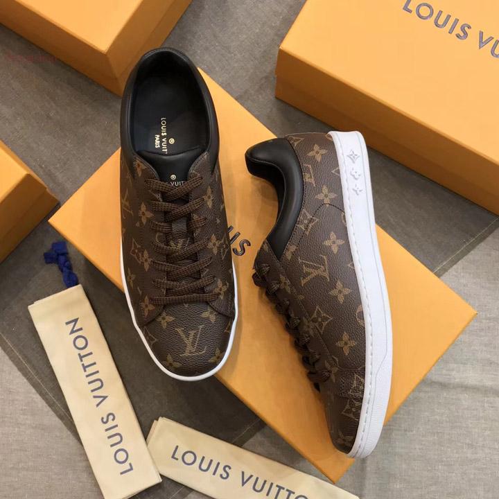 Địa chỉ mua giàyLV sneaker tại Royal Shop
