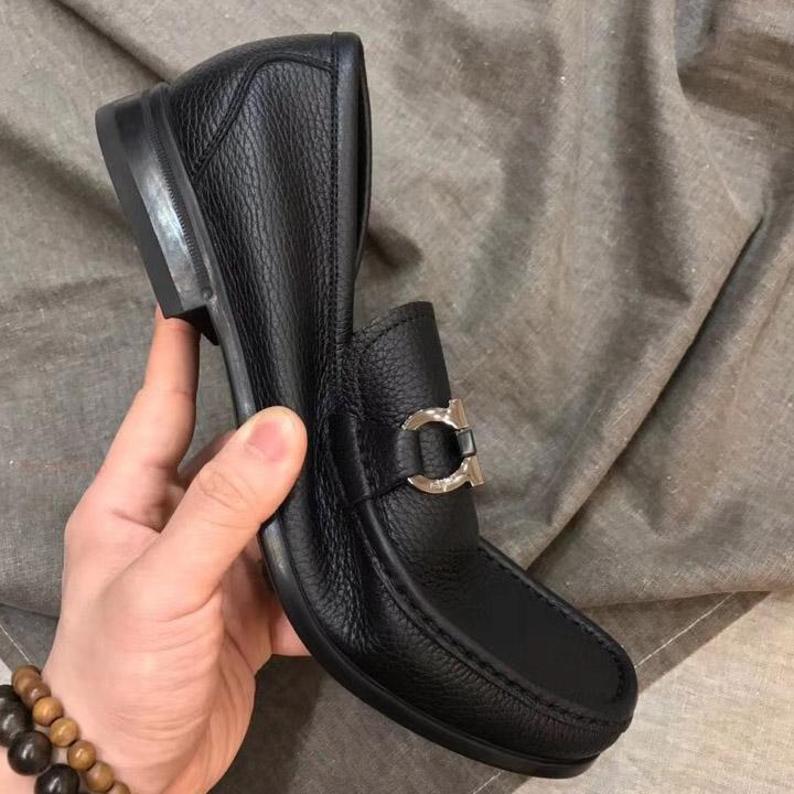 Phom của giày chuẩn hàng Authentic