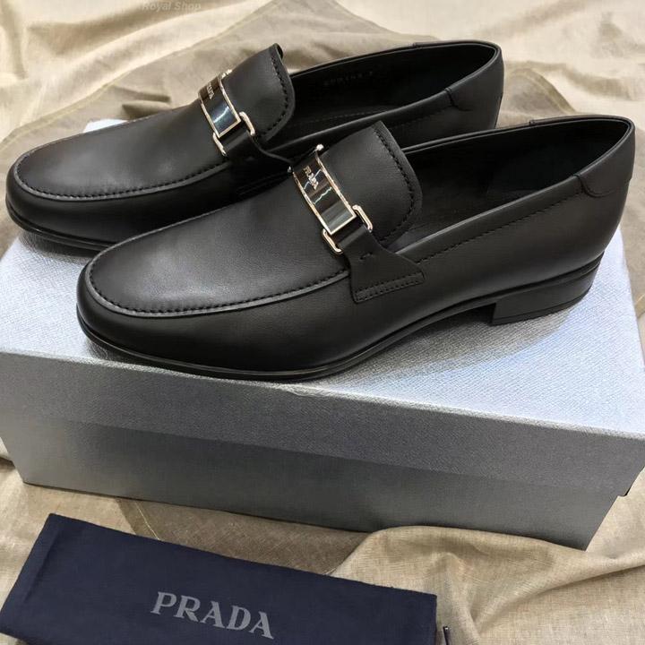 Giày công sở Prada tại Hà Nội và TPHCM