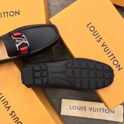 Đế giày làm từ cao su chống ăn mòn trơn trượt