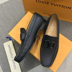 Giày da nam LV khóa kim loại mạ crom tối