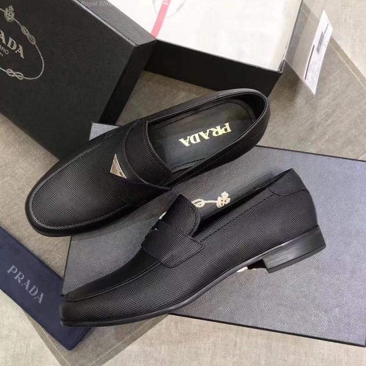 Là một trong những thương hiệu giày hàng đầu của Italia Italia