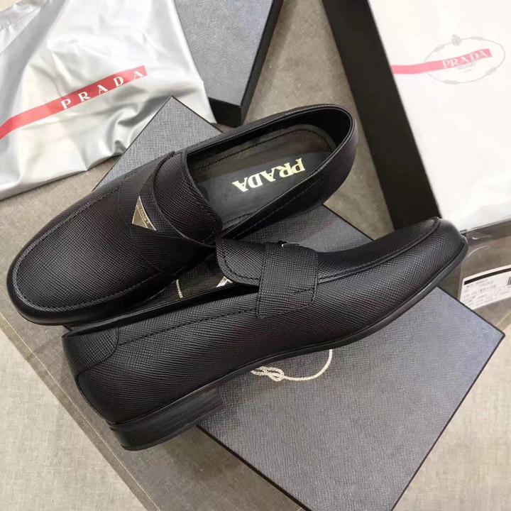 Mẫu giày nam Prada lịch lãm và sang trọng