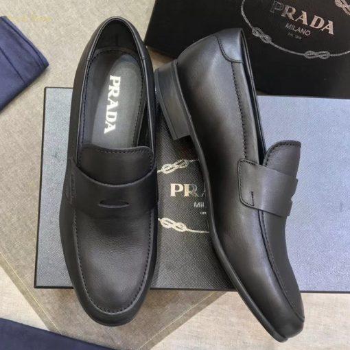 Royal Shop bán giày Prada