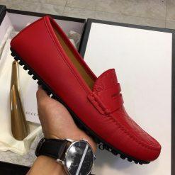 Trên tay giày nam Gucci GCGN5789