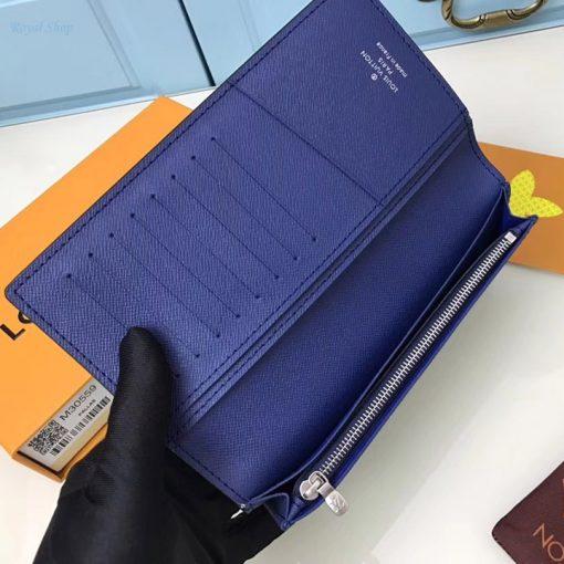 Bên trong ví với nhiều ngăn để đồ. Ngăn sử dụng khóa kéo YKK cao cấp