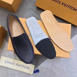 Chi tiết bên trong giày nam Louis vuitton