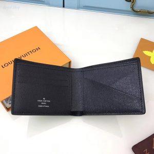 Chi tiết phía bên trong của ví