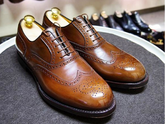 Giày nam Testoni siêu đắt với 900 triệu đồng