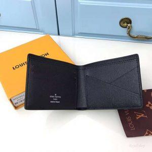 Thiết kế đơn giản nhưng vẫn tiện dụng trên ví nam LV siêu cấp