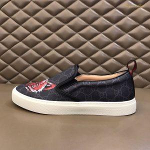 Giày Gucci slip-on trẻ trung năng động