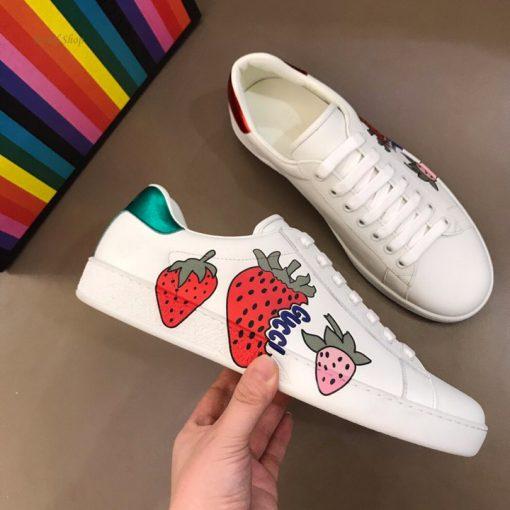 Giày Gucci trái dâu 2019