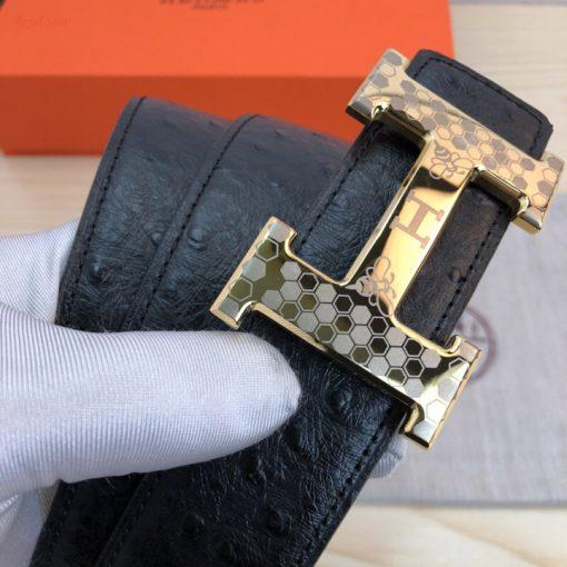 Mặt khóa thép trên thắt lưng Hermes