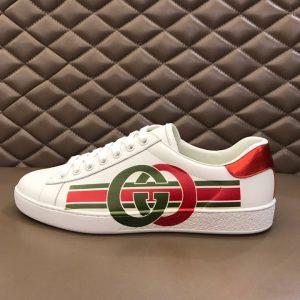 Một trong những mẫu giày Gucci đẹp nhất