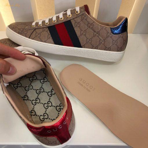 Phần lót bên trong của giày