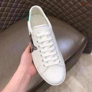 Trên tay giày nam Gucci siêu cấp 2019