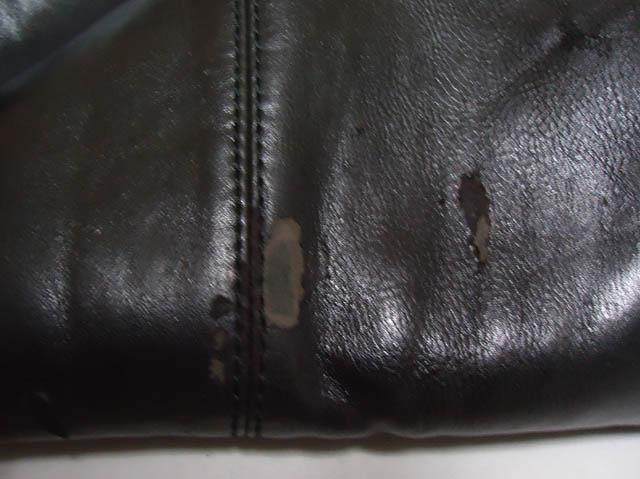 Bảo quản túi da bị tróc