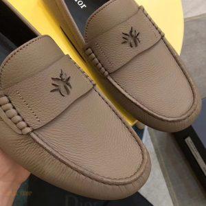 Mặt trước giày Dior 865