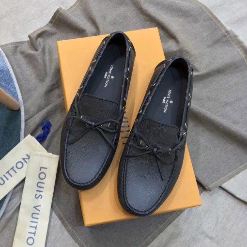 Royal shop địa chỉ mua giày nam siêu cấp tại Hà Nội
