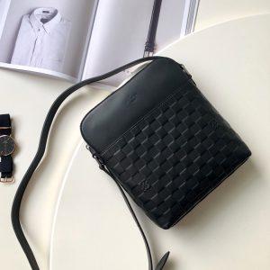 Túi đeo chéo nam siêu cấp màu đen đẹp 2019