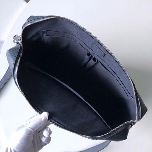 Bên trong túi xách công sở LV nam