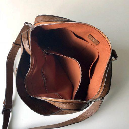 Chi tiết bên trong túi xách nam LV LVTN8801