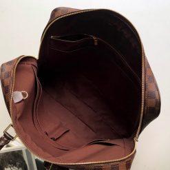 Chi tiết bên trong túi xách nam LVTN8812