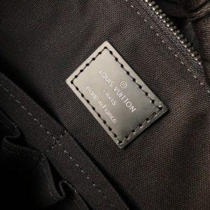 Tem da bên trong túi xách LVTN8813