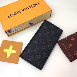 royalshop.vn - Địa chỉ mua ví dài LV nam cầm tay siêu cấp tại Hà Nội