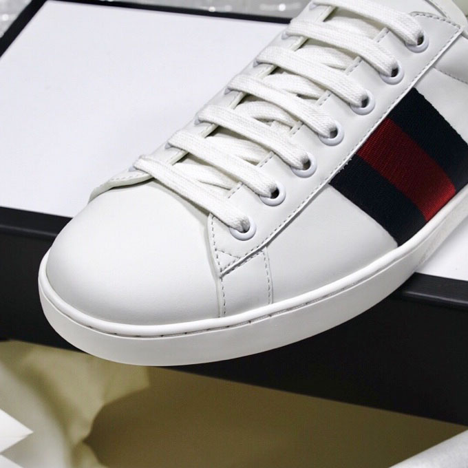 Sneaker Gucci 3 xọc trơn