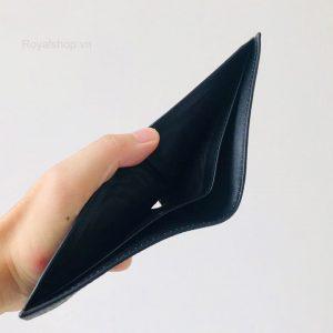 Bên trong ví nam Gucci