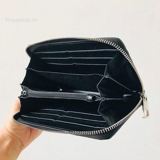 Chi tiết bên trong ví nam