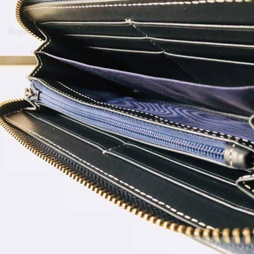 Chi tiết bên trong ví nam cầm tay