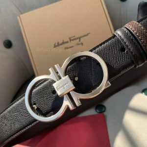 Mặt khóa thắt lưng được làm từ YKK cao cấp