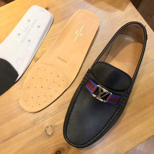 Miếng lót và đệm bên trong giày