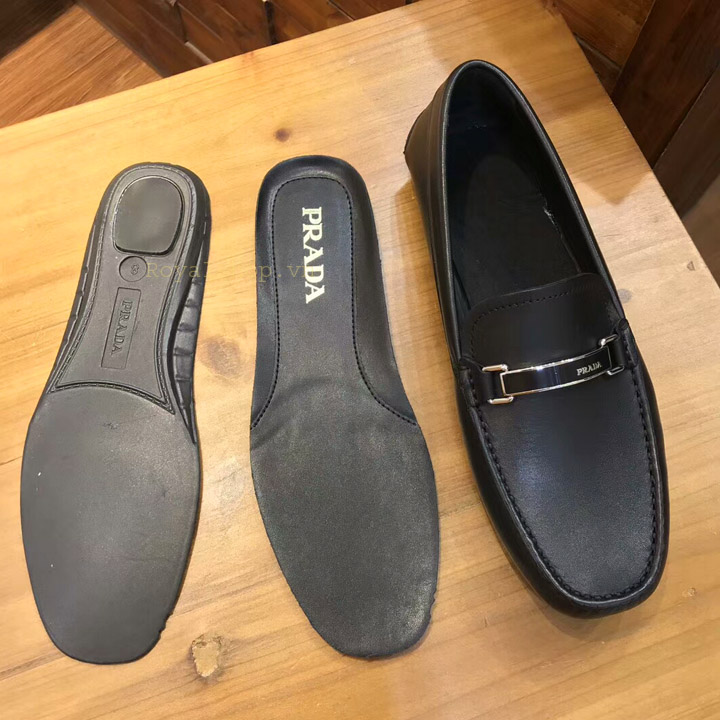 Miếng lót và miếng đệm bên trong giày